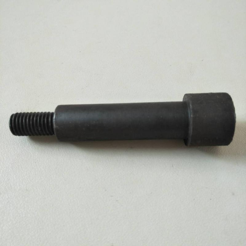 内六角绞字孔螺栓