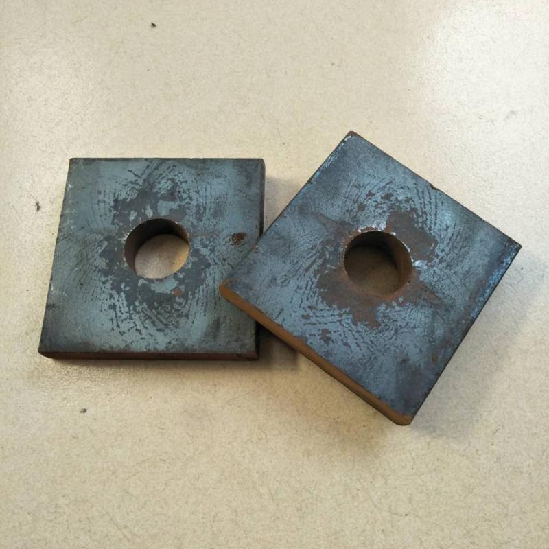 方形垫板,锚垫板120