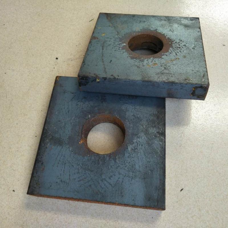 方形垫板,锚垫板140